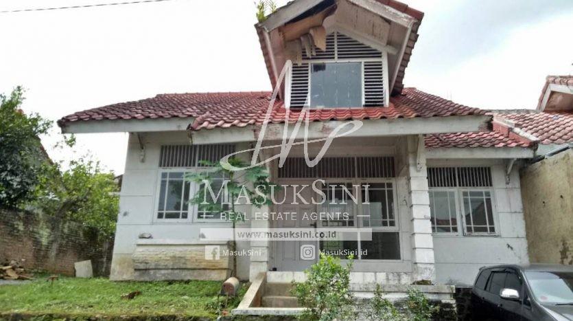 Rumah Dijual di Puncak Buring Indah