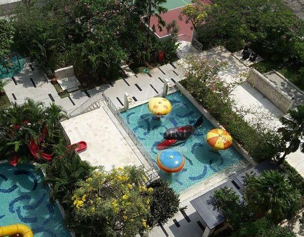 view kolam renang