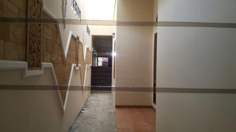 Dijual Rumah di Pinggir Jalan Madiun RS