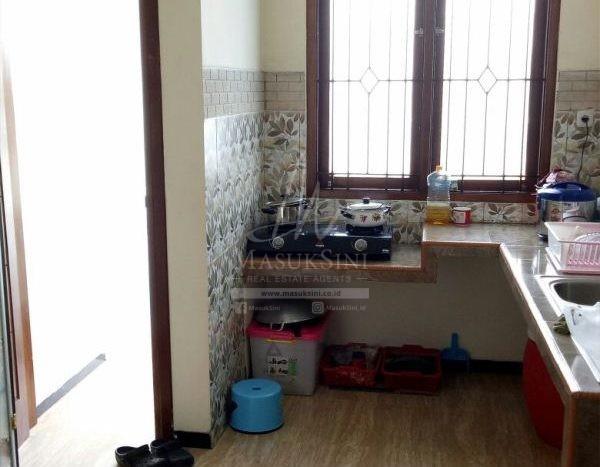 Rumah Dijual di Graha Kencana Malang dapur
