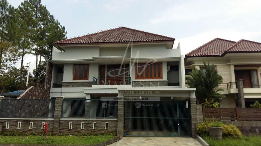 rumah dijual di istana dieng malang