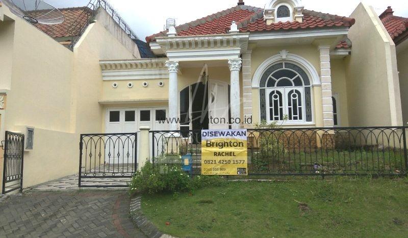 Disewakan Rumah Istana Dieng Timur 4 Malang