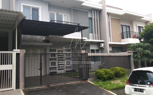 Rumah Dijual Dago Golf Araya Malang