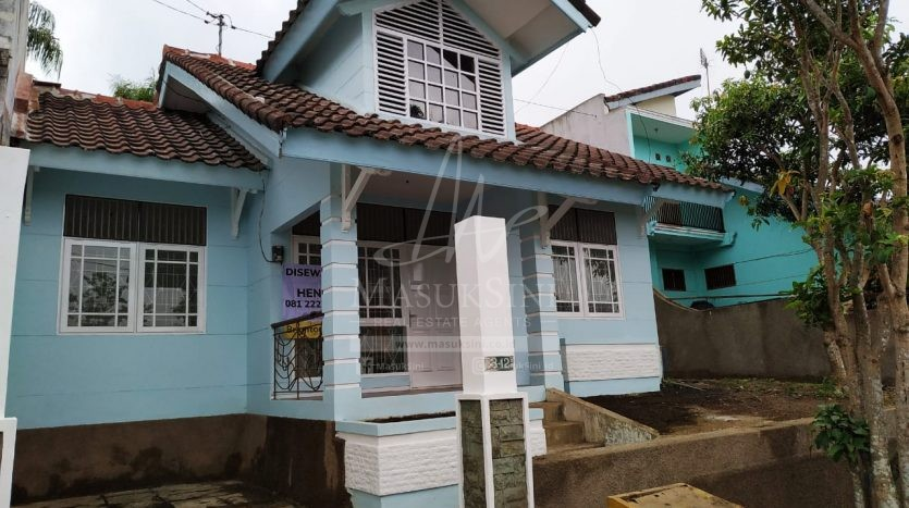 Rumah Cantik Puncak Buring Indah Malang