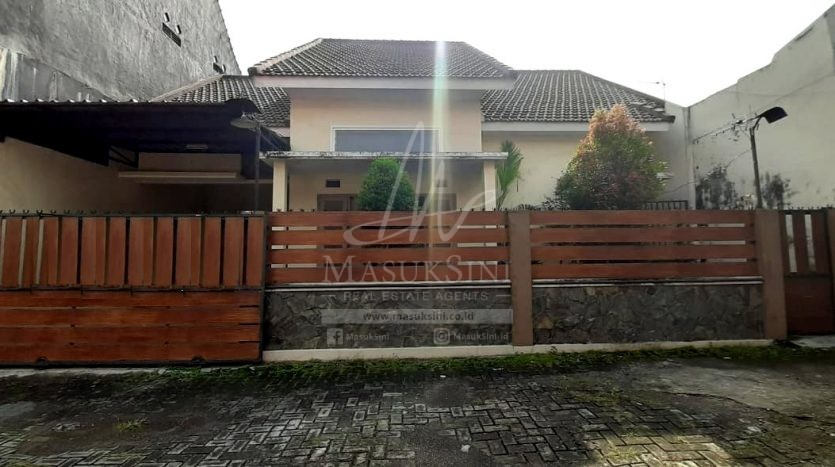 Rumah Dijual Villa Saxophone Indah Tunggulwulung Malang