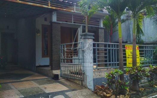 Rumah Area Riverside Malang