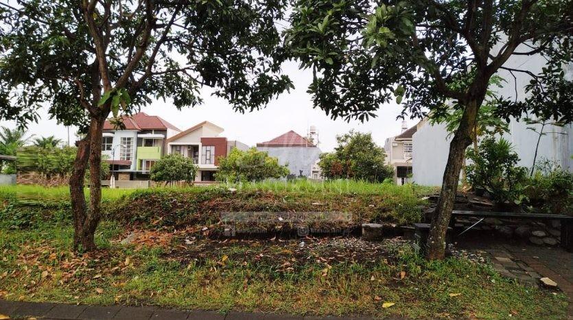 Tanah Dijual di Batavia Golf Araya Malang