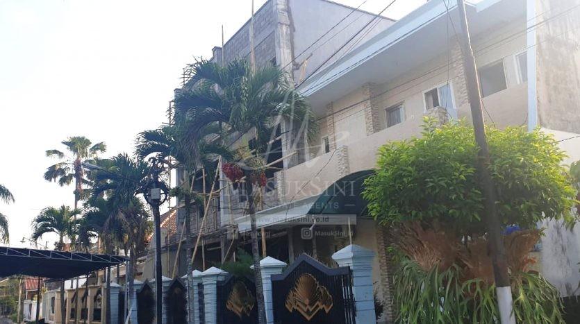 Rumah 3 Lantai di Soekarno Hatta Malang