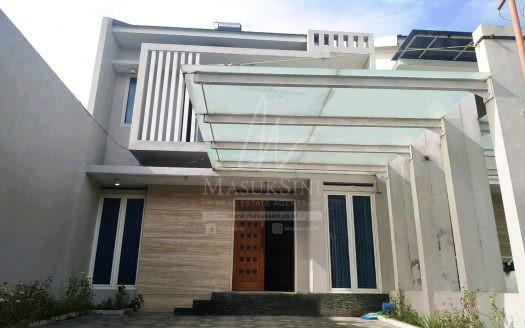 Rumah Siap Huni di Griya Shanta Malang