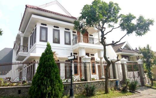 Rumah Siap Huni di Istana Dieng Malang