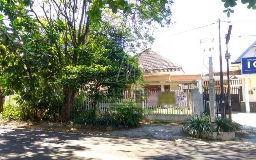 Rumah Strategis Dijual di Jl Buring Malang
