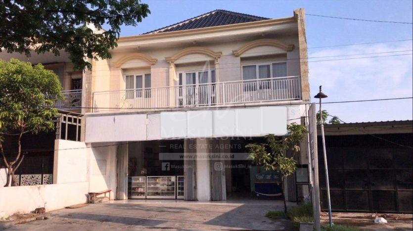 Rumah Mewah Siap Huni di Driyorejo Gresik