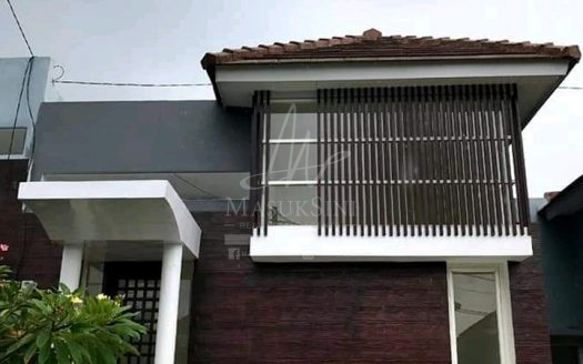 Rumah Minimalis Modern di Bridge Town Tidar