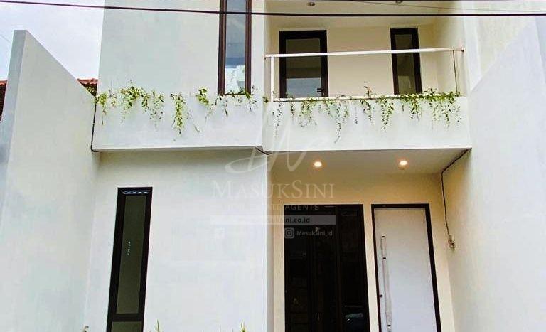 Rumah Mewah Minimalis Modern Dijual di Tasikmadu Malang